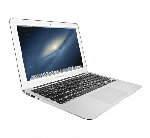 Apple MacBook Air 11.6 Inch Laptop (Intel Core i5 1.6GHz, 4GB 1333MHz DDR3 SDRAM, 128GB SSD, Yosemite 10.10.5) MC969LL/A